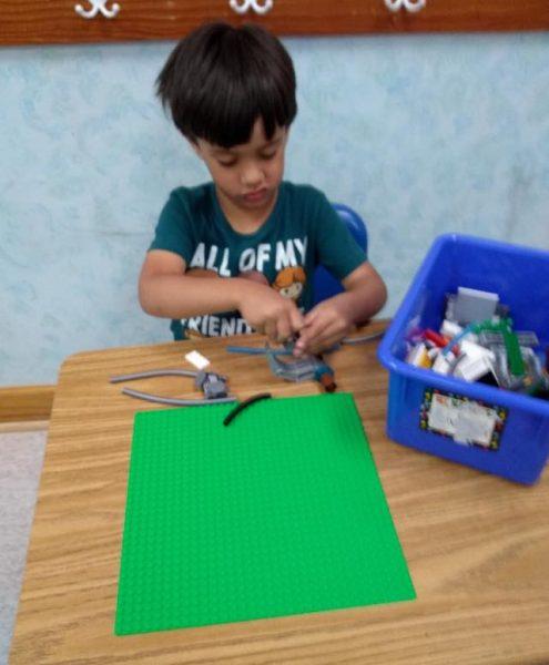 STEM Designing Robots